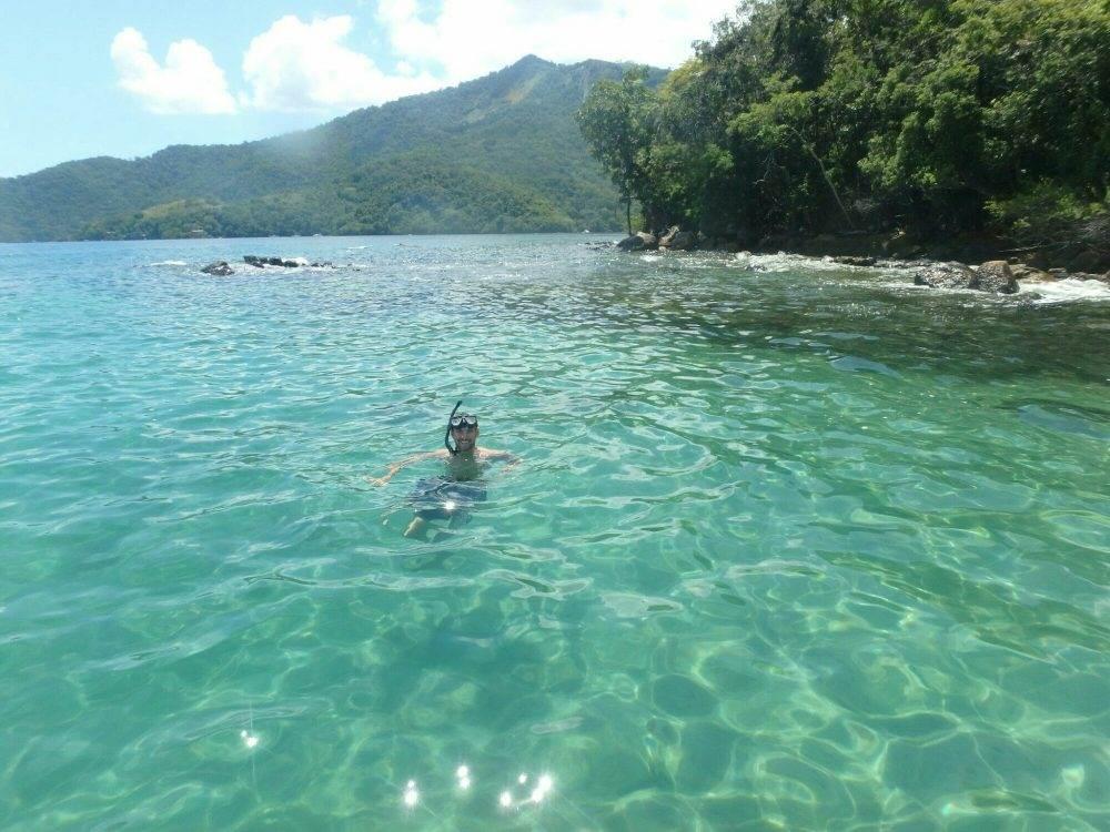 snorkeling on ilha grande