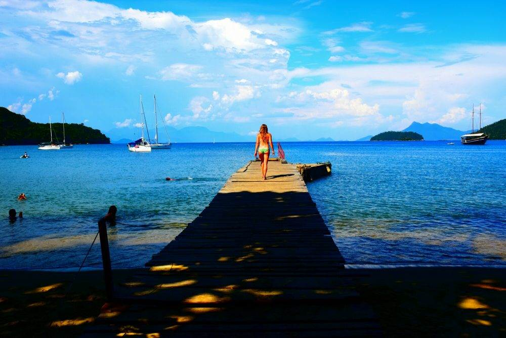 the boat dock near lopes mendes beach