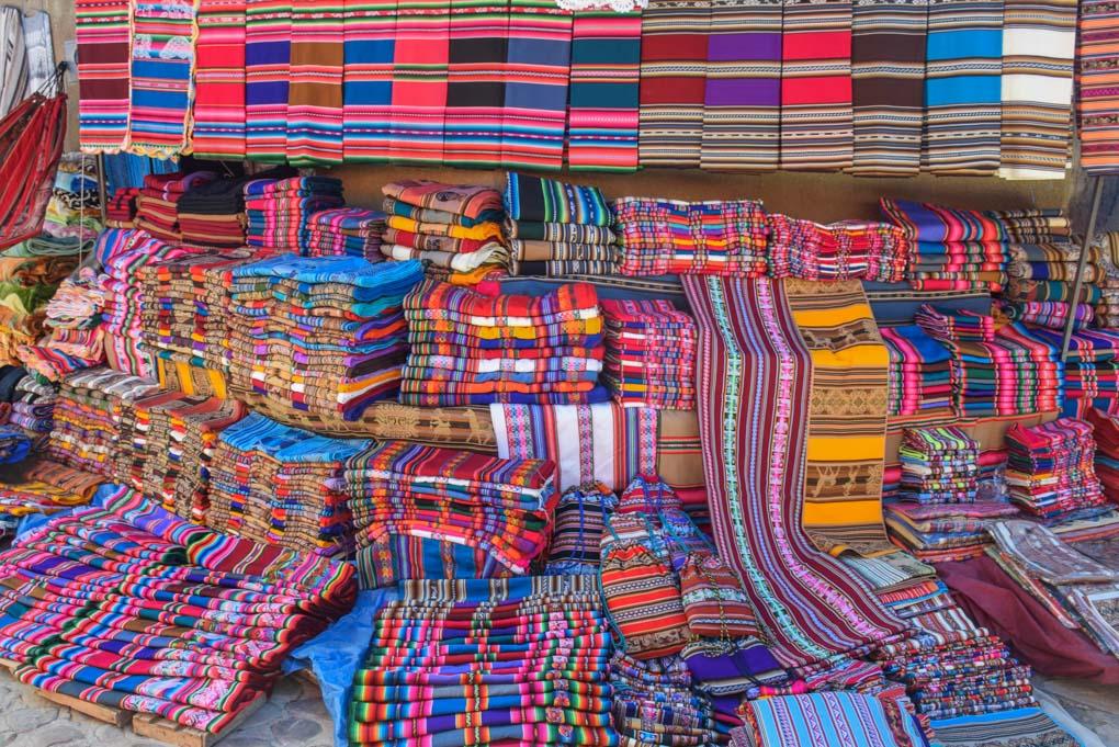 Hand woven fabrics at Mercado Tarabuco