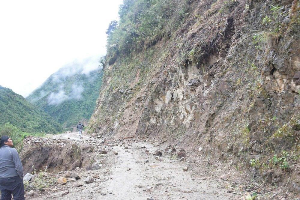 rock slide along the way to machu picchu