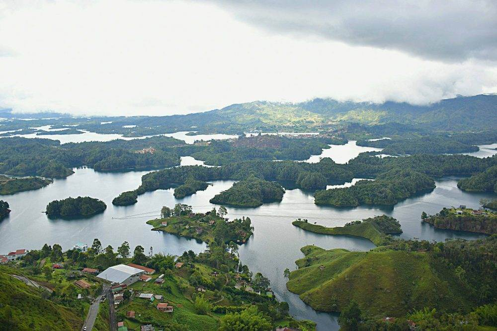 it is simple to get from Medellin to Guatape