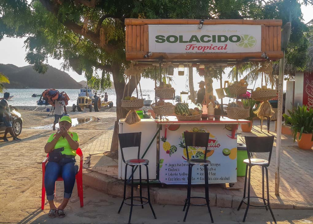 Fresh fruit juice stand in Taganga