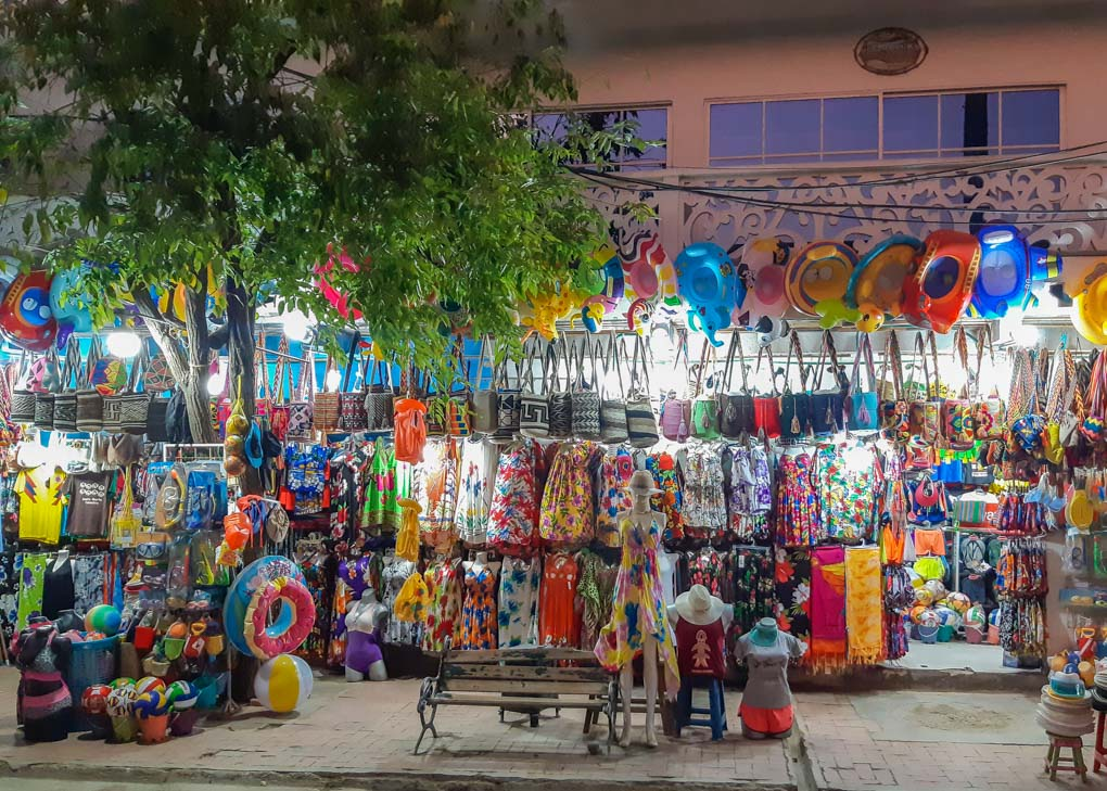 A shop in Taganga linned with hundreds of items
