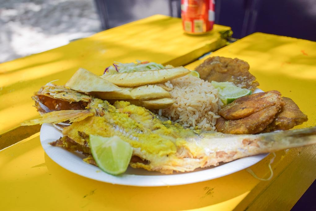fish seafood plate in san andres