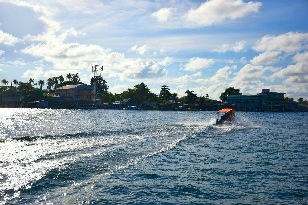 How to Get to Bocas del Toro by boat