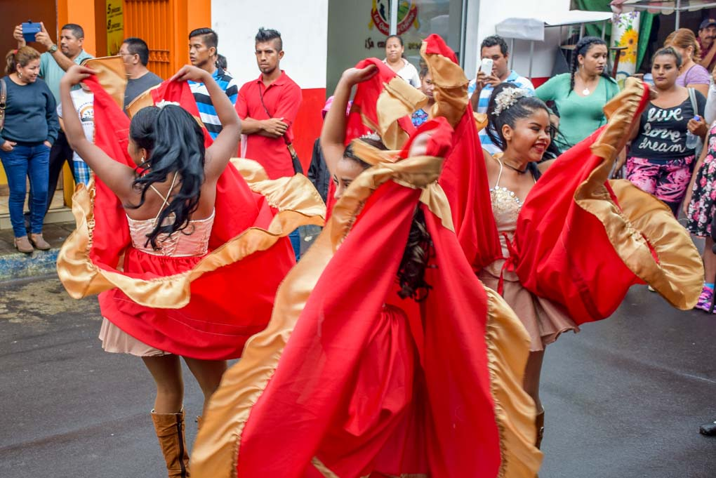 Dancers in the town of Juayua on the Ruta de las Flores