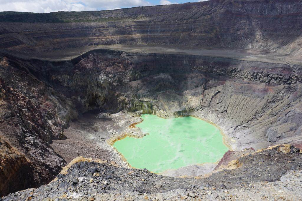 santa ana volcano crater lake el salvador