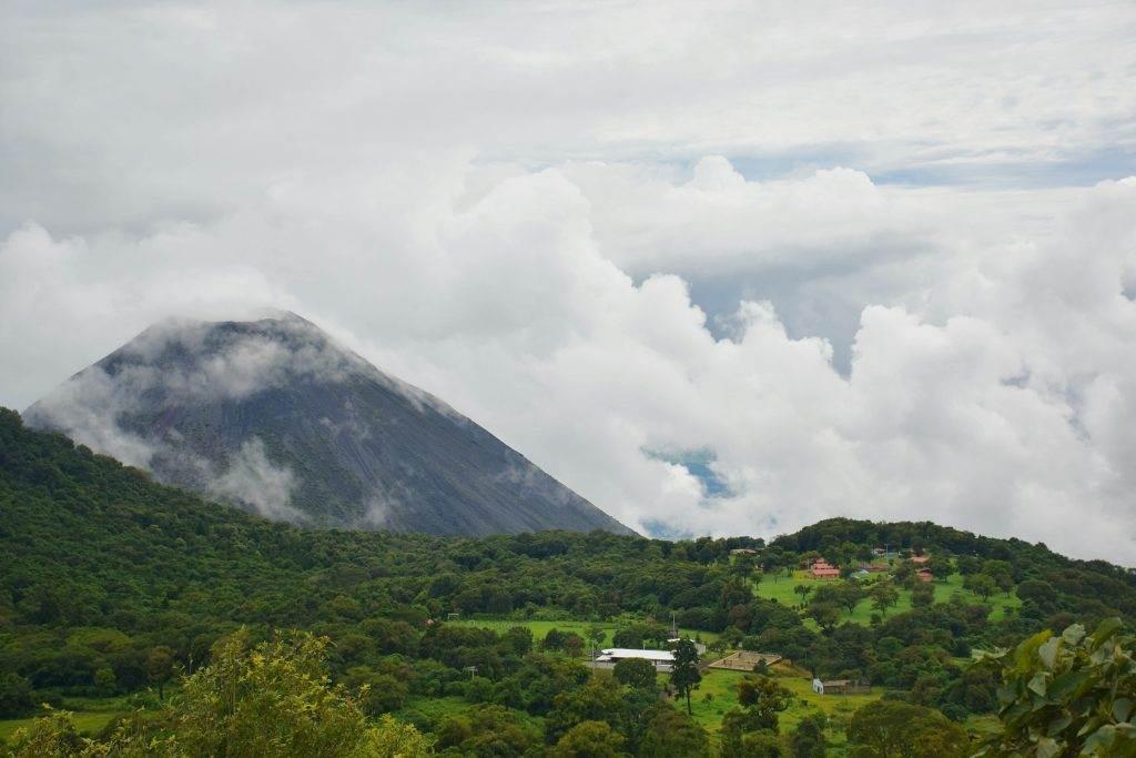 the view at the santa ana volcano hike