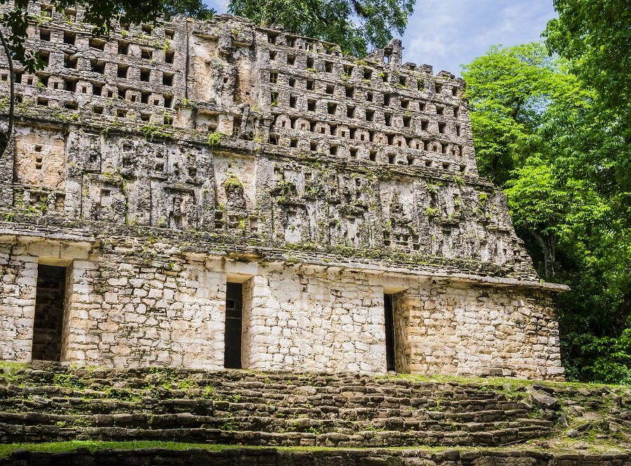 Yaxchilán is a great day trip from palenque