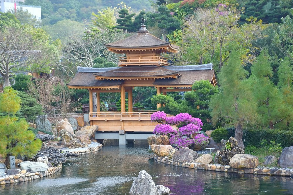 Visit the Nan Lian Gardens when Backpacking in Hong Kong