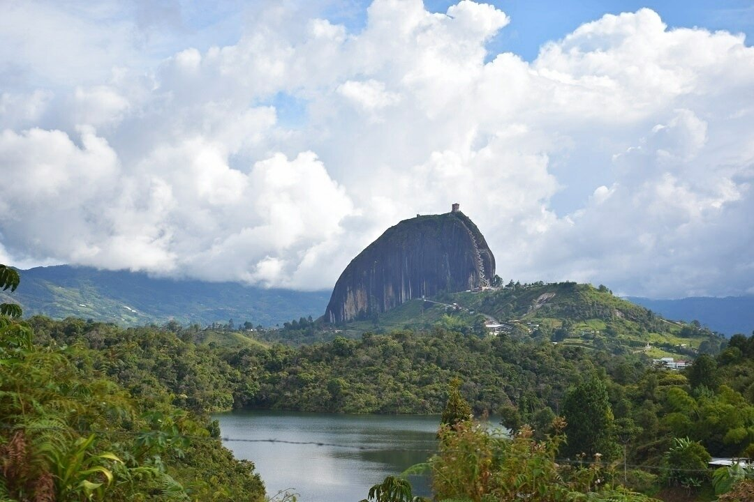 Colombia guide of El Penol in Guatape