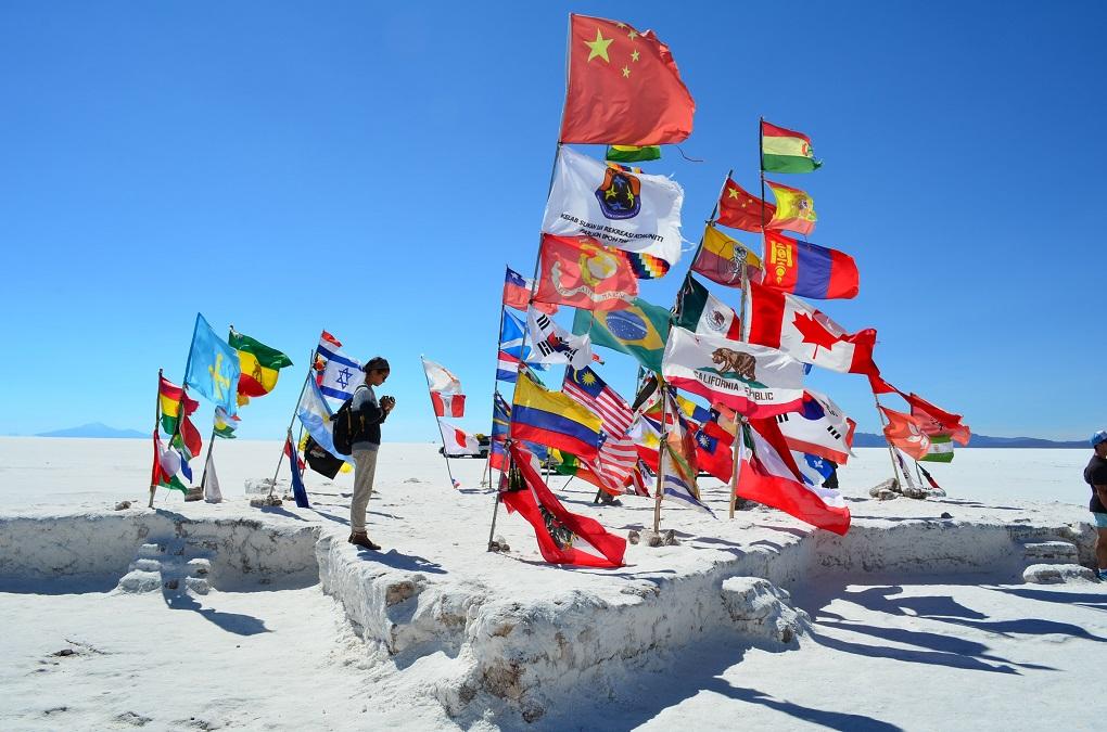 flags from the Dakar Rally on the bolivia salt flats