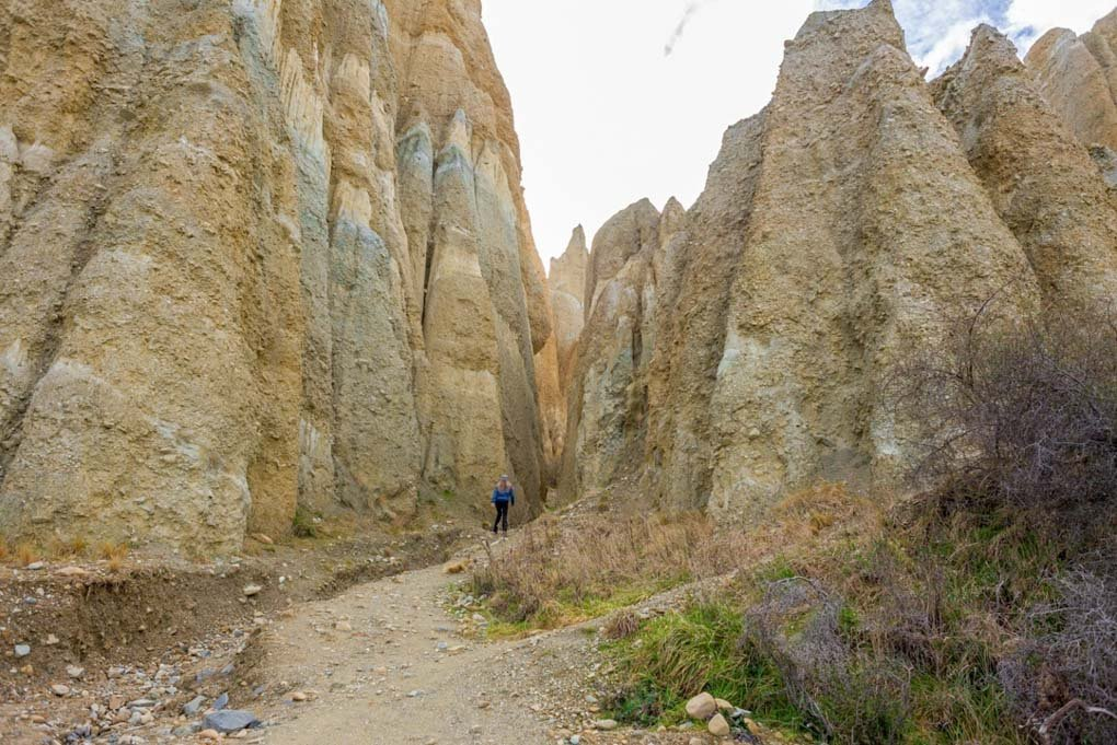 Walking arounf the Omarama Clay Cliffs, New Zealand
