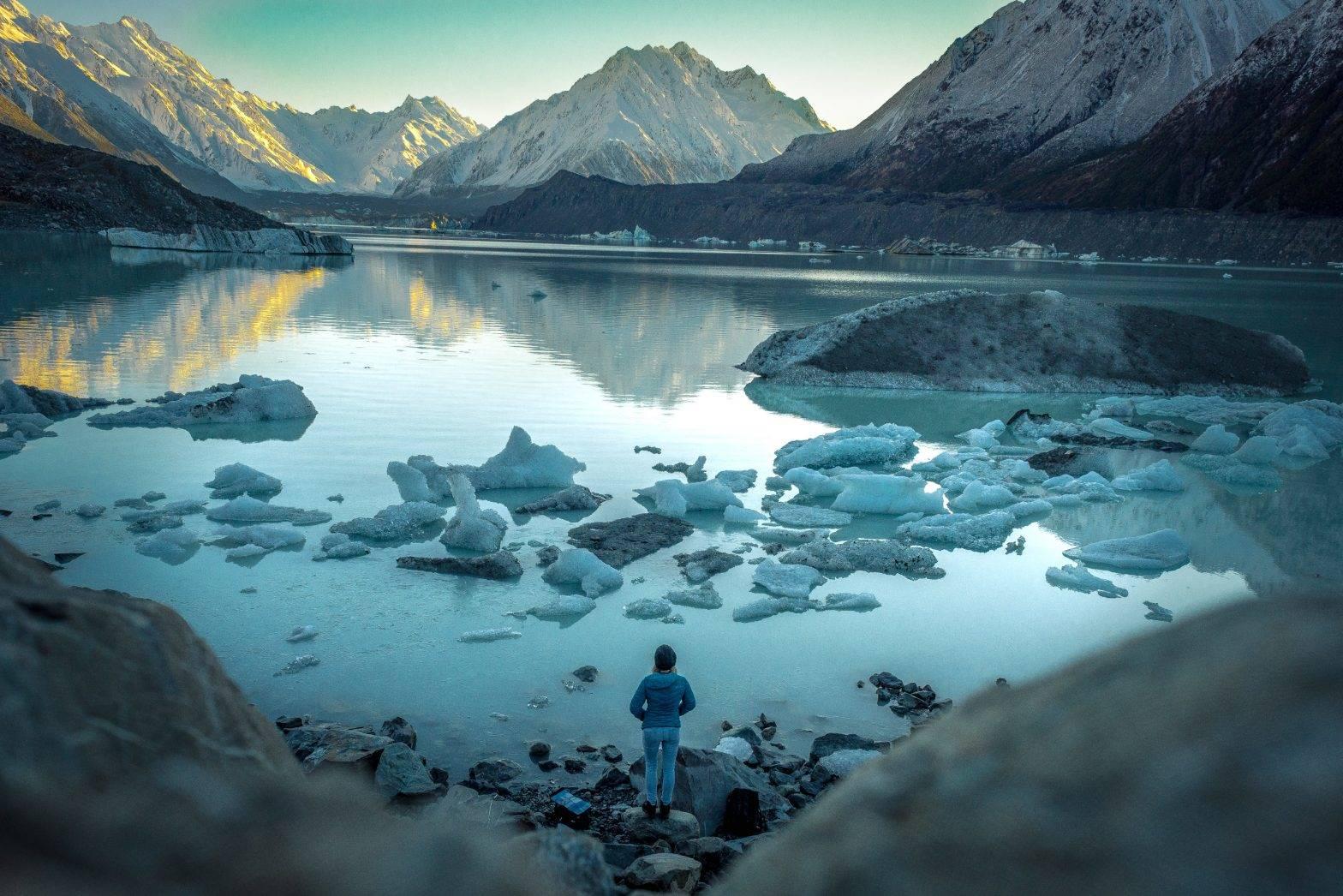 tasman river and tasman lake for sunrise