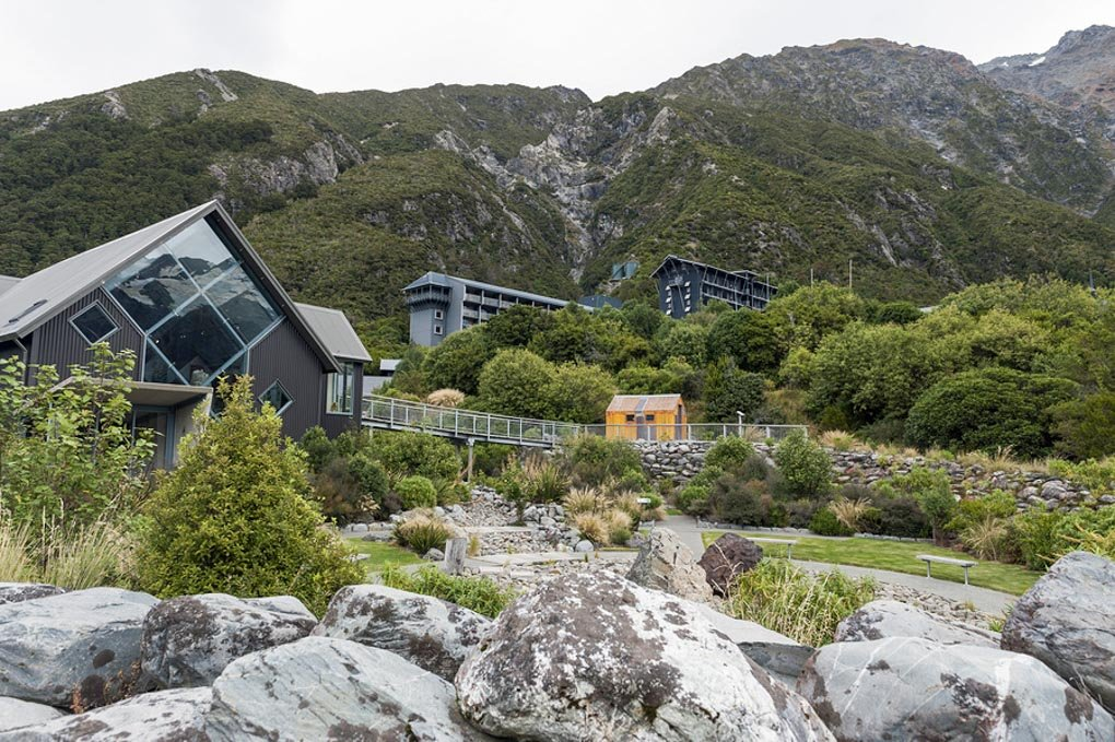 hermitage hotel in mount cook