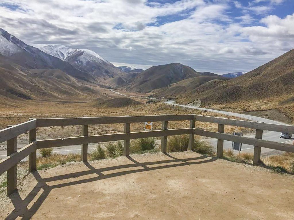 The official lookout at Lindis Pass