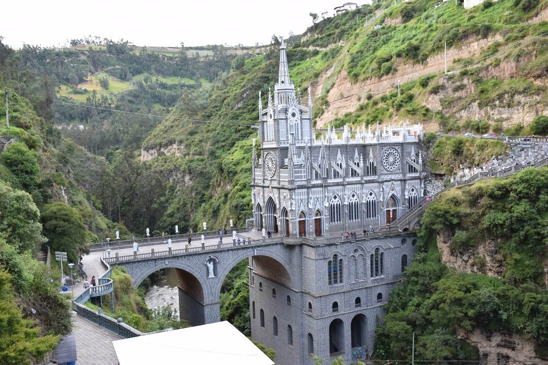 ipiales colombia church las lajas