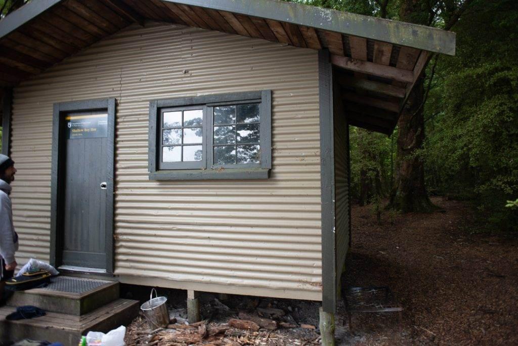 Shallow bay hut