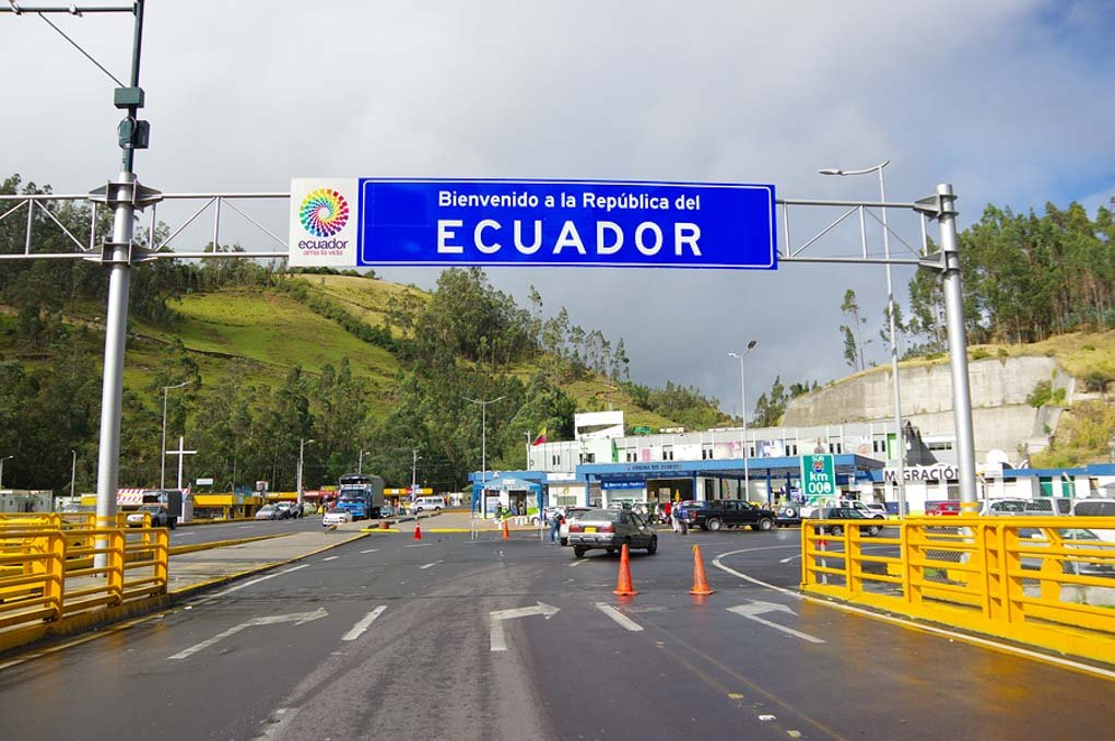 border with ecuador near ipiales colombia