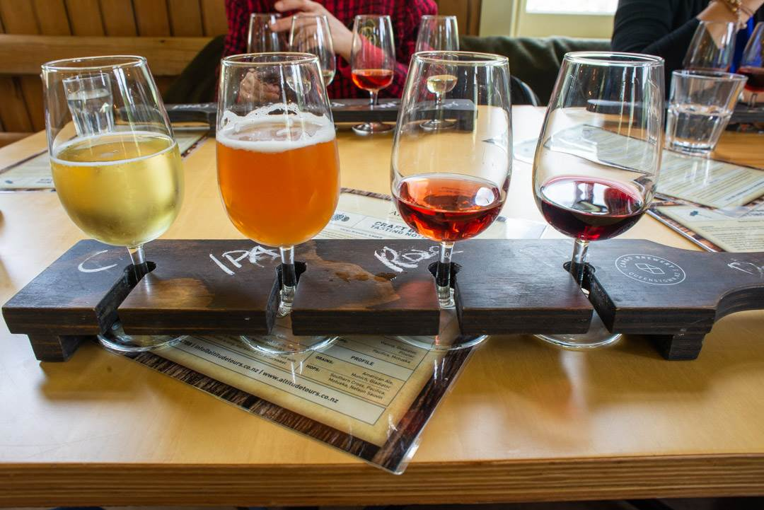 win tour in Queenstown wine tastings