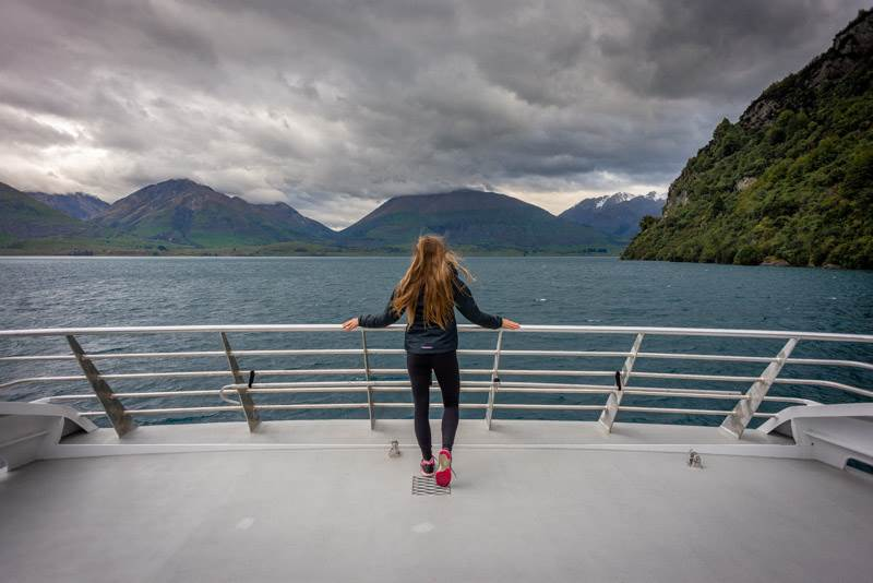 Lake wakatipu scenic cruise is a best tours in Queesntown