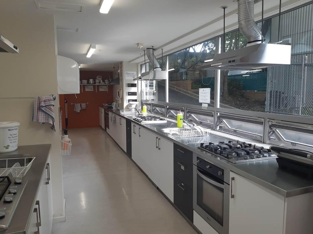 city lodge auckland kitchen
