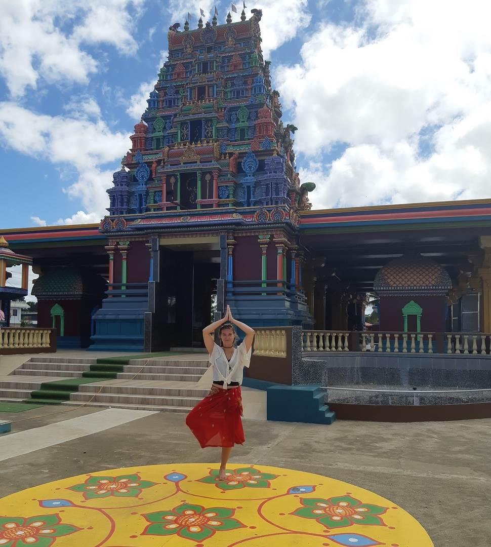 the popular hindu temple in nadi
