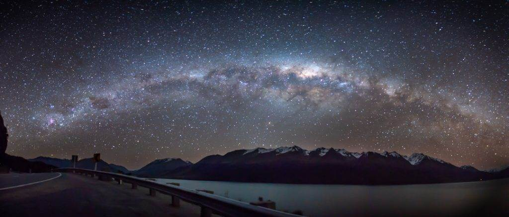 Stargazing in New Zealand is one of the best things to do!