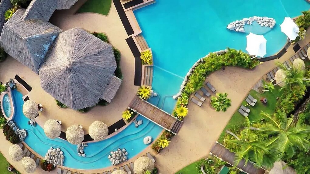 outrigger beach resort on the coral coast fiji