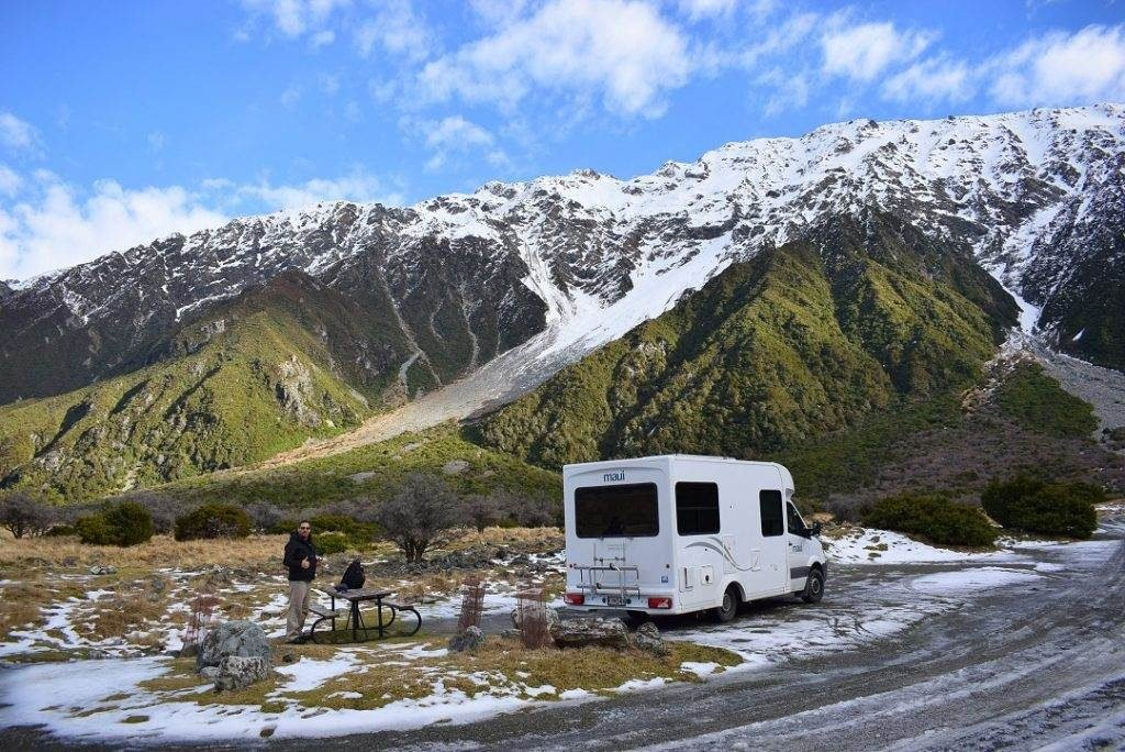 renting a campervan in the winter in new zealand