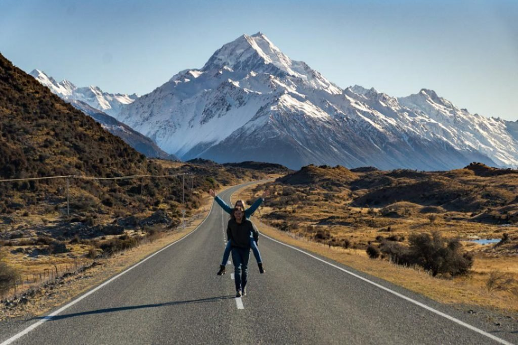 The road to Mount Cook National Park