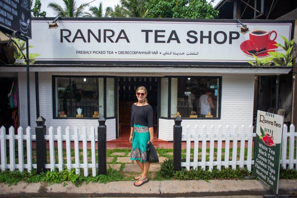 ranra tea shop in Hikkaduwa
