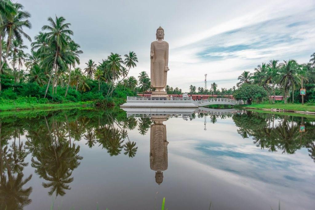 big buddha statue hikkaduwa