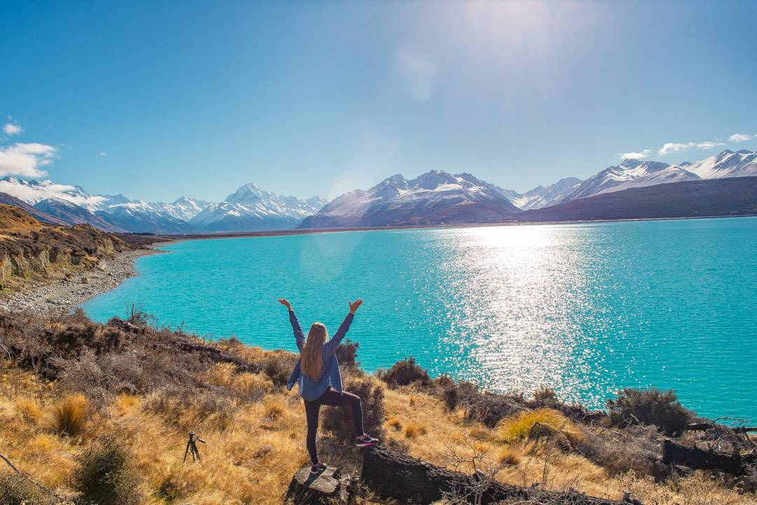 Stoping at Lake Pukaki is a top things to do in Mount Cook