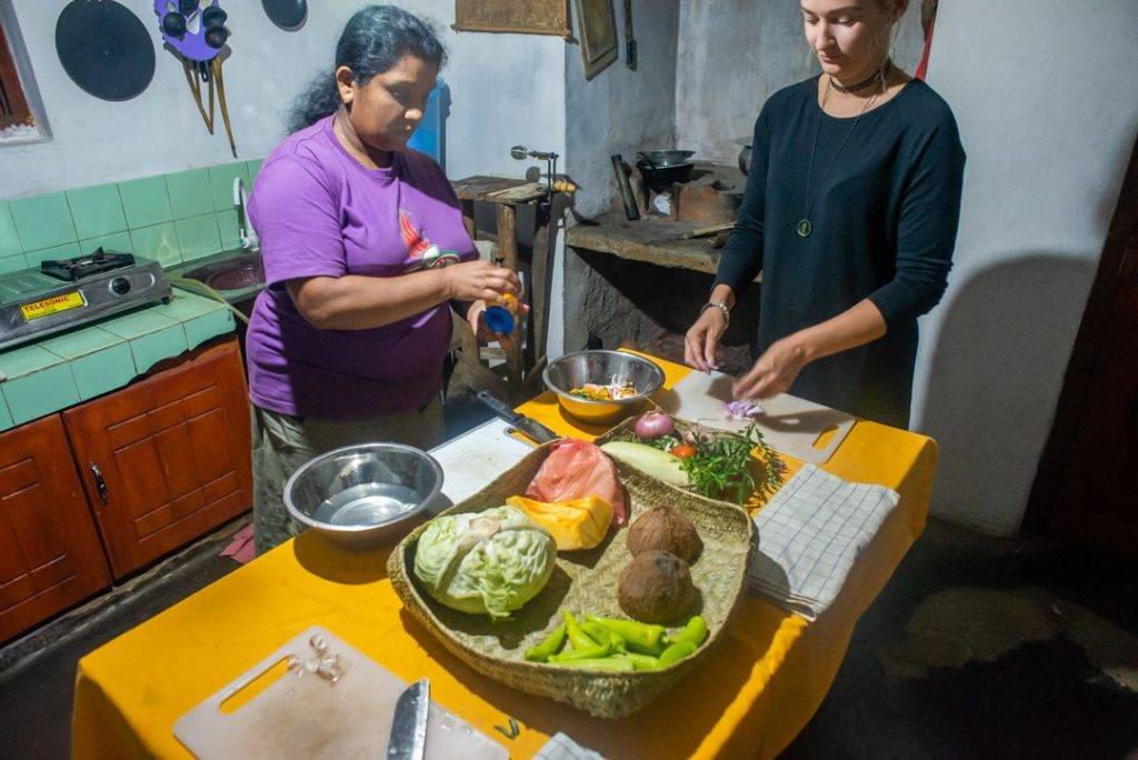 Learning to cook in Sri Lanka!