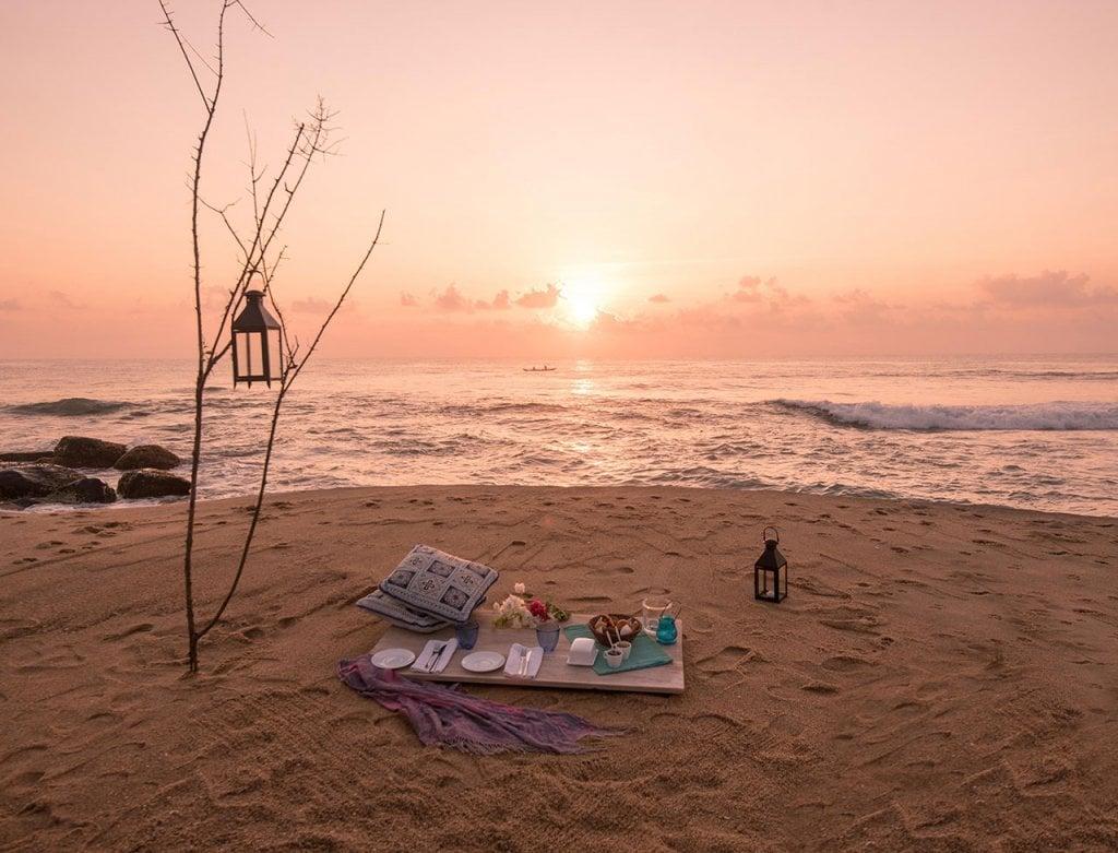 arugam bay sunset picnic