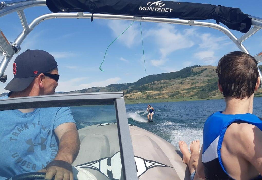 Speed boating on Lake Okanagan in Kelowna BC