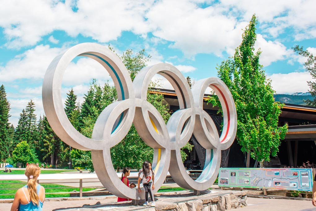 the whistler olympic rings atatue