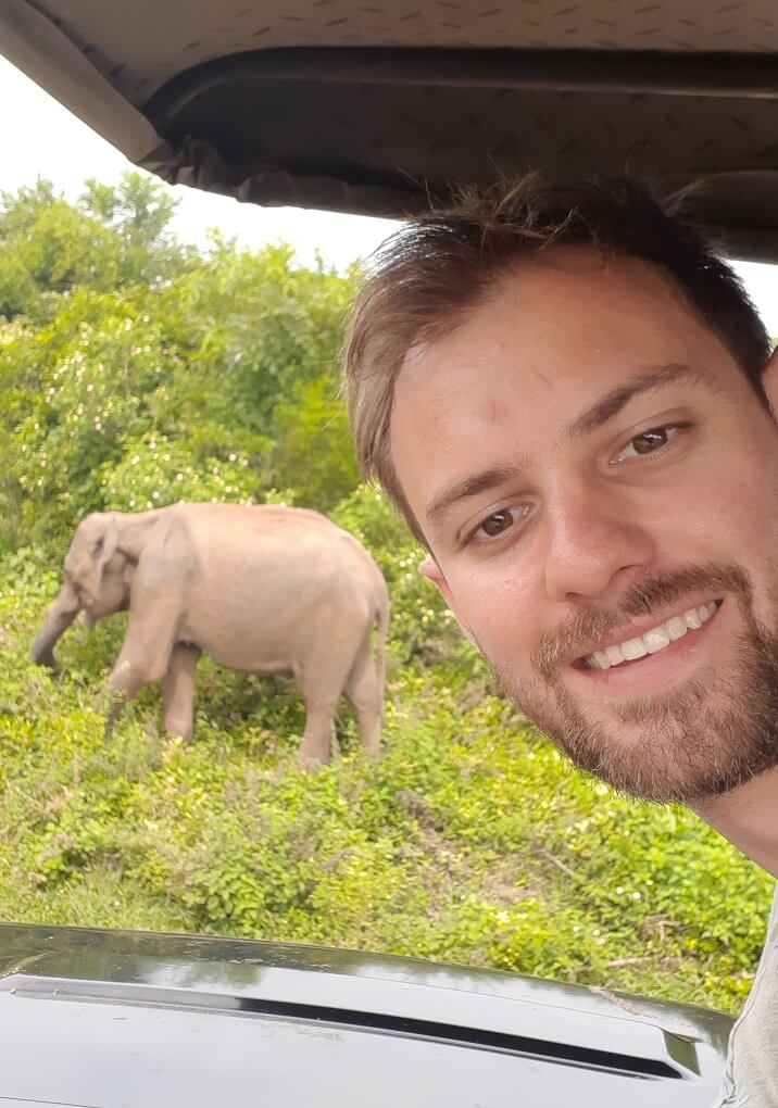 daniel takes a selfie with an elephant in Sri Lanka