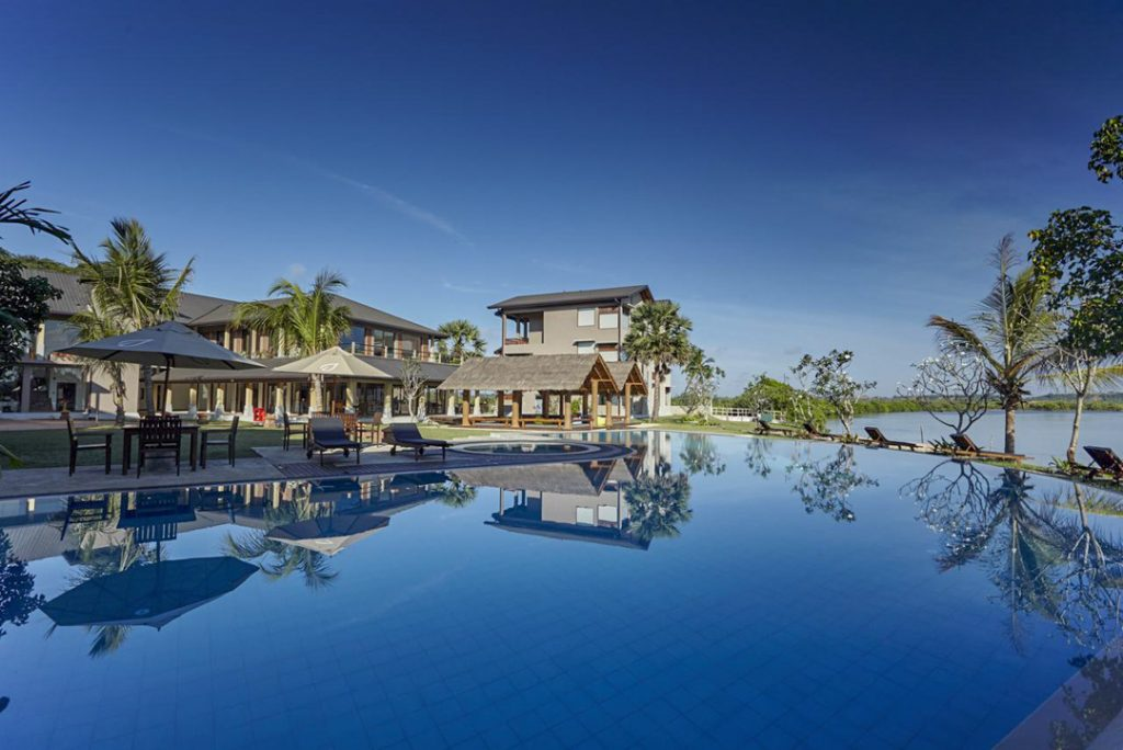 Amaranthe Bay Resort and spa is one of the best honeymoon hotels in Sri Lanka