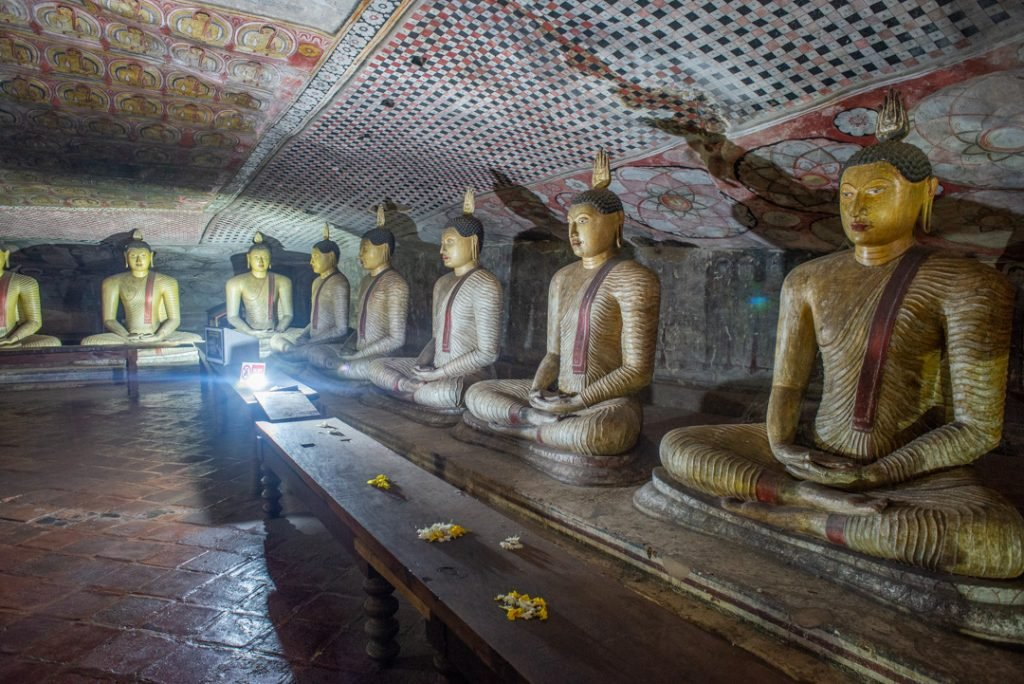 Buddha statues in the Dambulla Cave Temples
