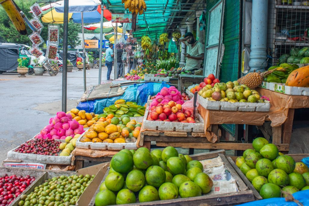 The fruit markets in Nuwara Eliya