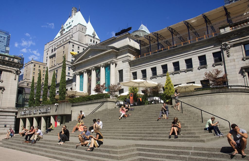 vancouver art gallery steps