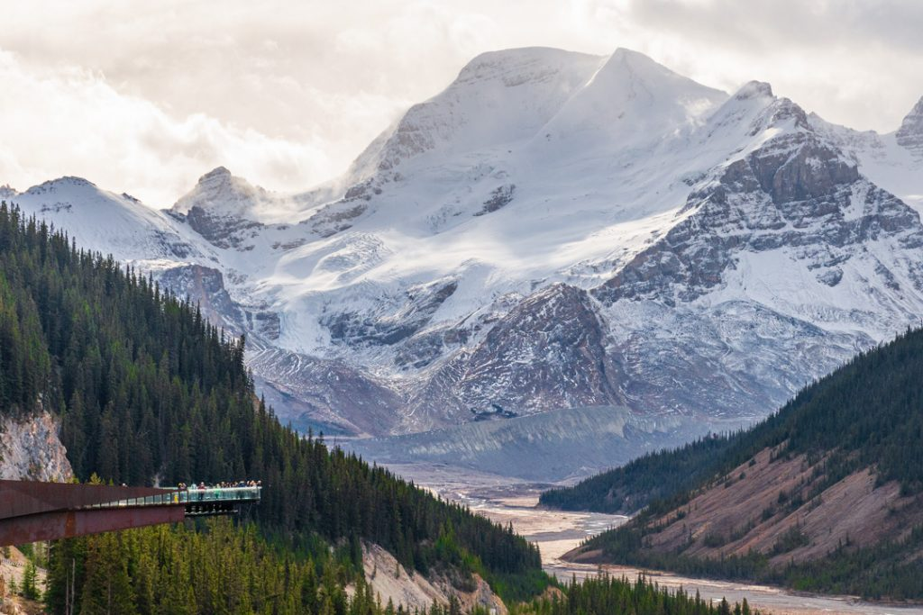the skywalk near banff and jasper