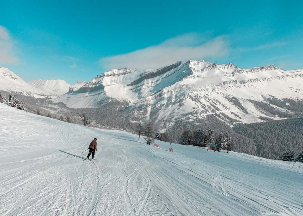 skiing at lake louise ski resort