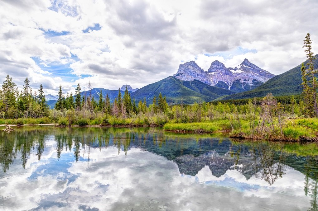 canmore is a great alternative to staying in banff town