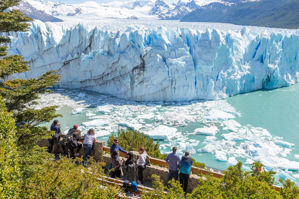 the perito moreno boardwalk