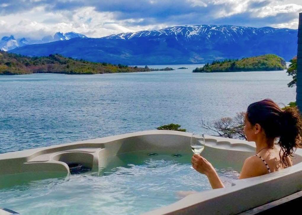 The outdoor spa at Patagonia Camp