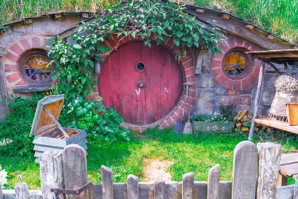 A Hobbit Hole at Hobbiton, New Zealand