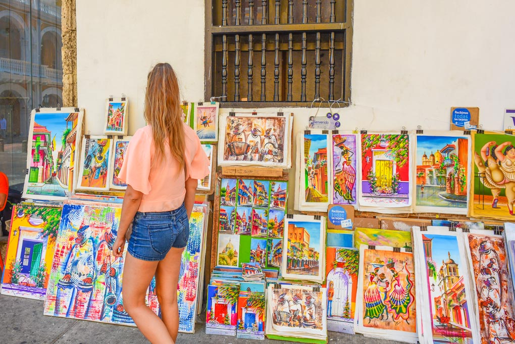 Looking at artwork on the streets of Old Town Cartagena